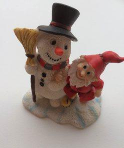 Skovfolk med snemand fra Pobra / 8 cm