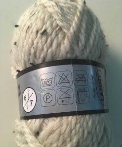 Garn / Alpina i råhvid tweed