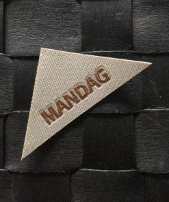 Labels / Mandag / 2,5 x 5,5 cm