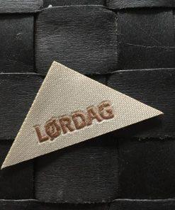 Labels / Lørdag / 2,5 x 5,5 cm