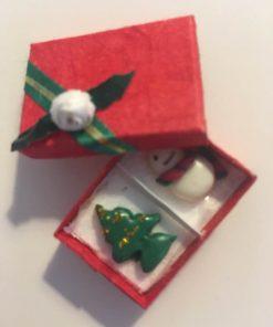 Jul / Æske med juleting 1:12 / Dukkehus