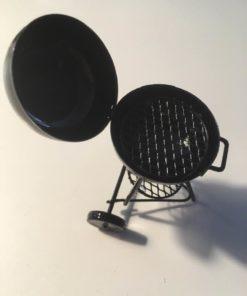 Grill, metal / Dukkehus