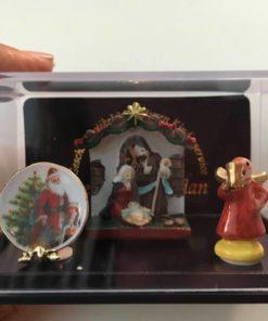 Jule krybbe m.m, Reutter / Dukkehus