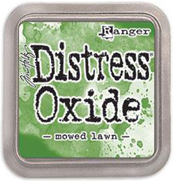 Distress Oxide / Mowed lawn