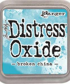 Distress oxide / Broken China