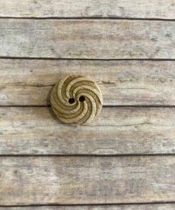 Knap 2 hul, 18 mm / Træ m/spiral